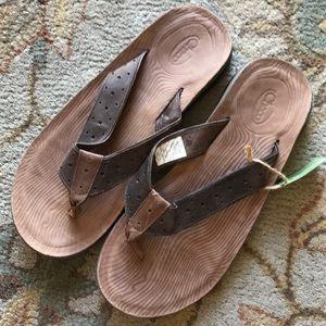 Chaco Men's Leather Flip Flops Woodgrain Sole 11